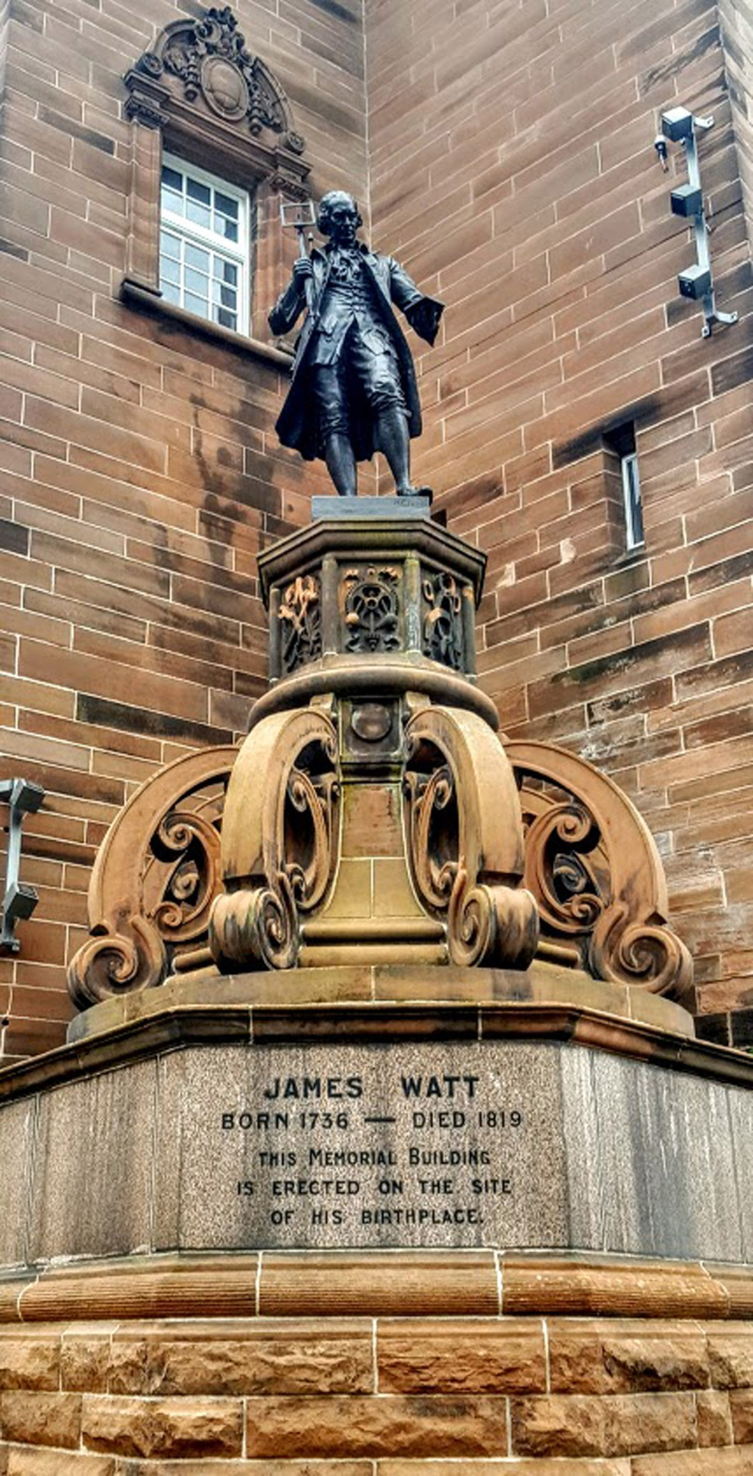 The Watt Statue at William Street, Greenock.