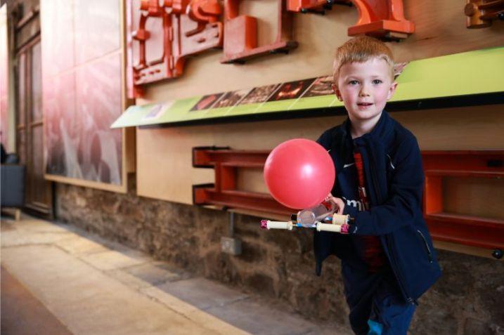 Balloon-erikastevenson-72ppi-0838