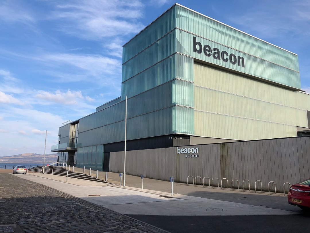 The Beacon Arts Centre, Greenock, by Dave Souza. Creative Commons / CC BY-SA 4.0. More here: http://j.mp/2KmbJri